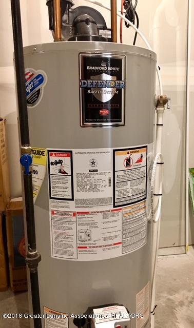 5039 Glendurgan Ct 13 - Water Heater - 35