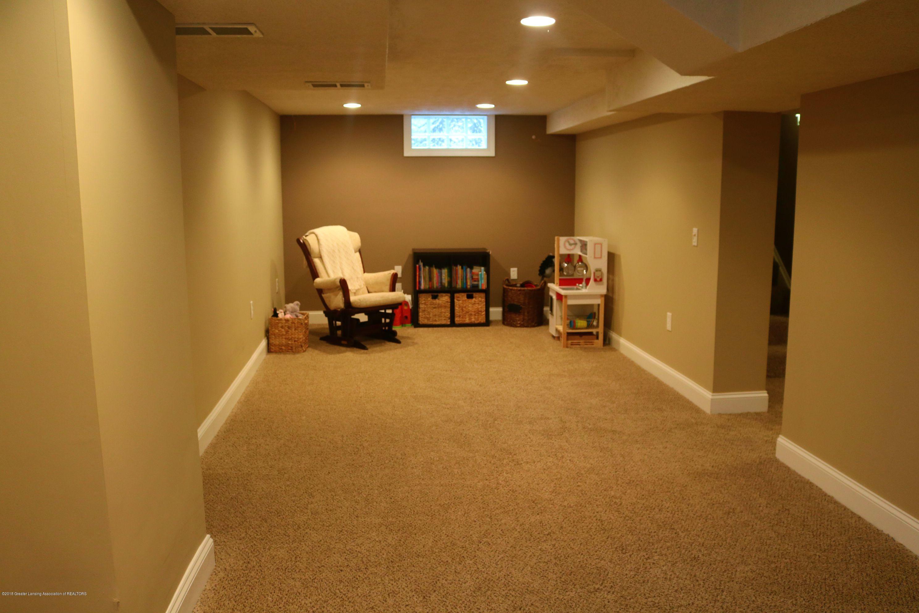 1718 Cooper Ave - Family Room - 18