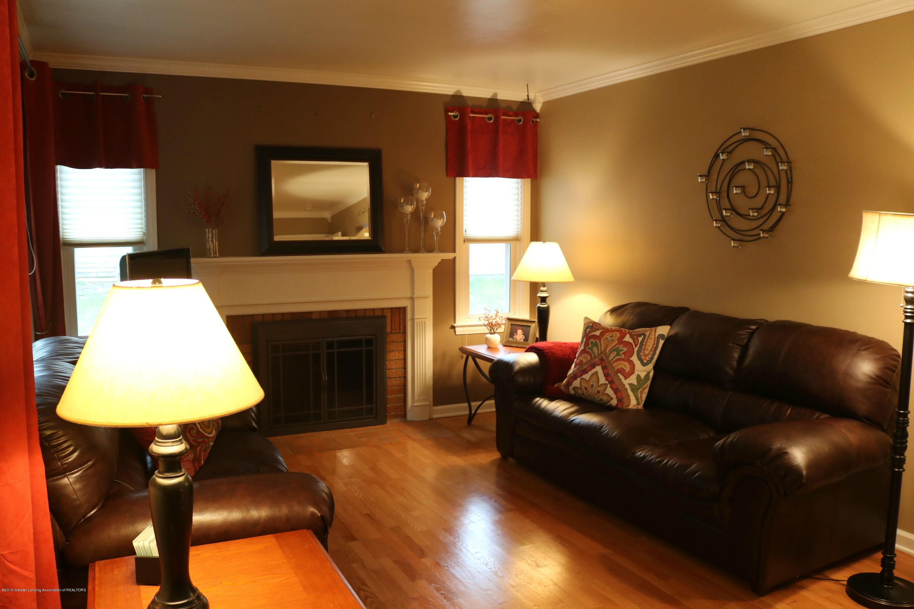 1718 Cooper Ave - Living Room - 3