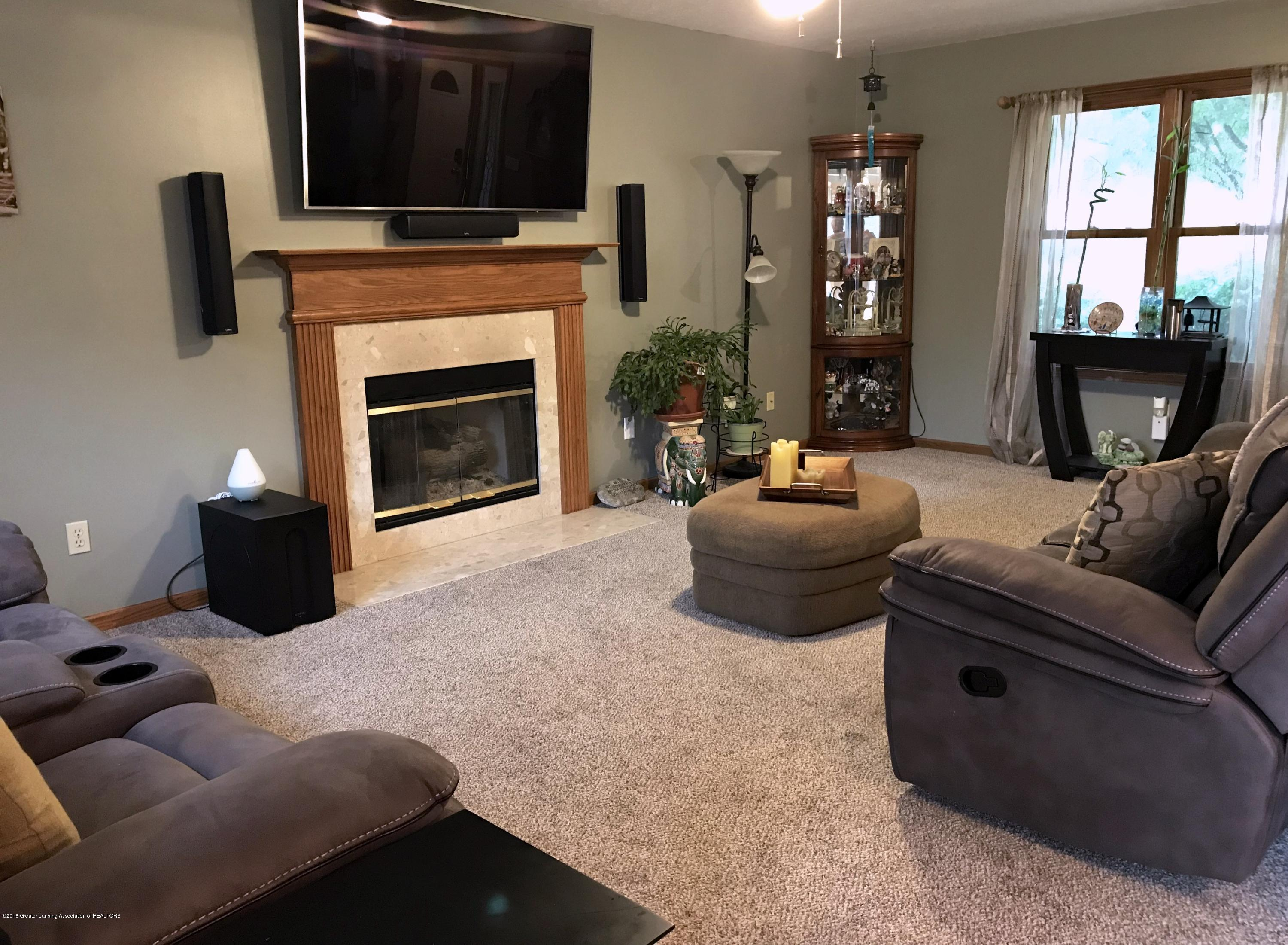 2990 Whistlewood Way - Living Room - 5