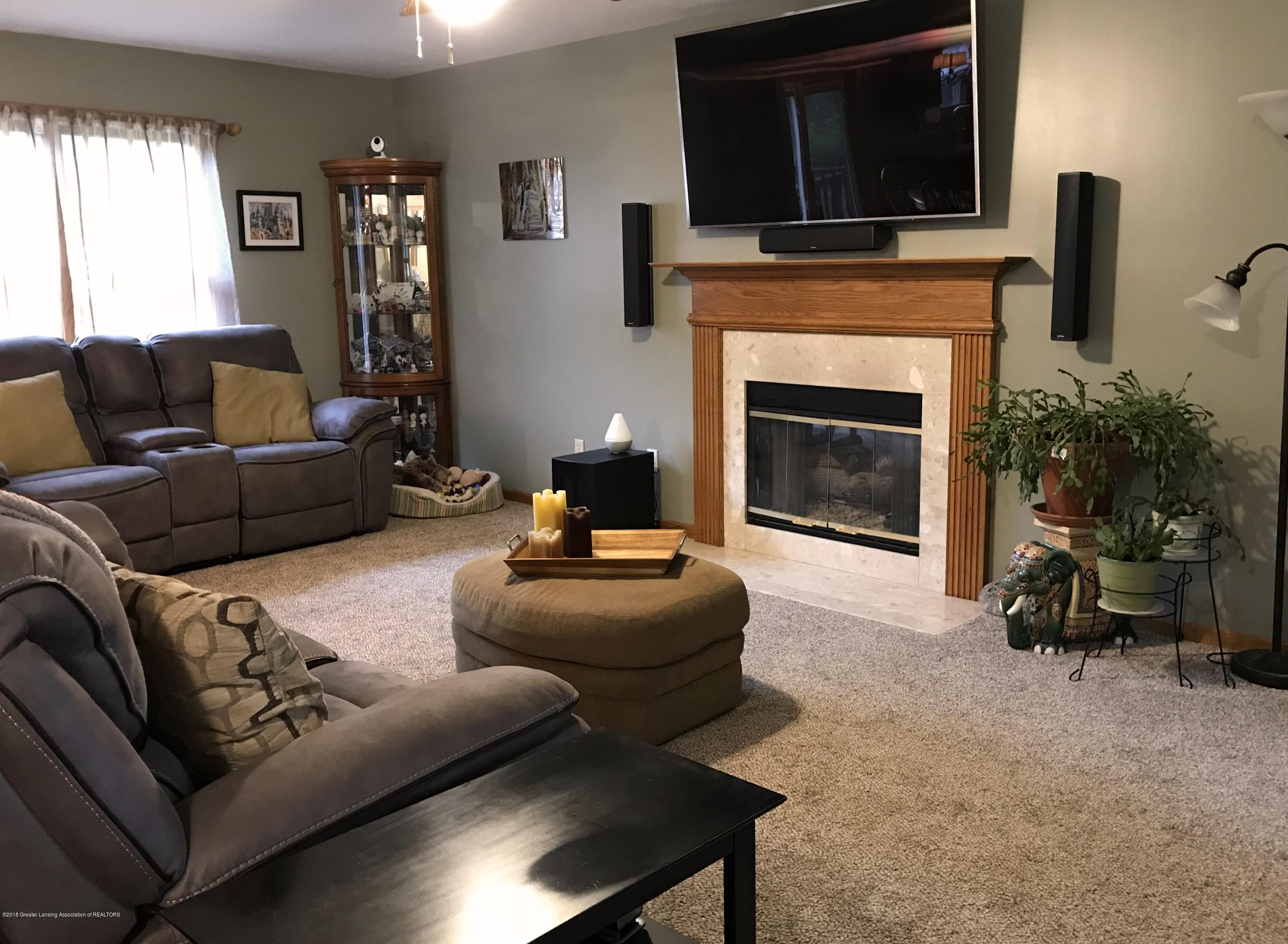 2990 Whistlewood Way - Living Room - 7