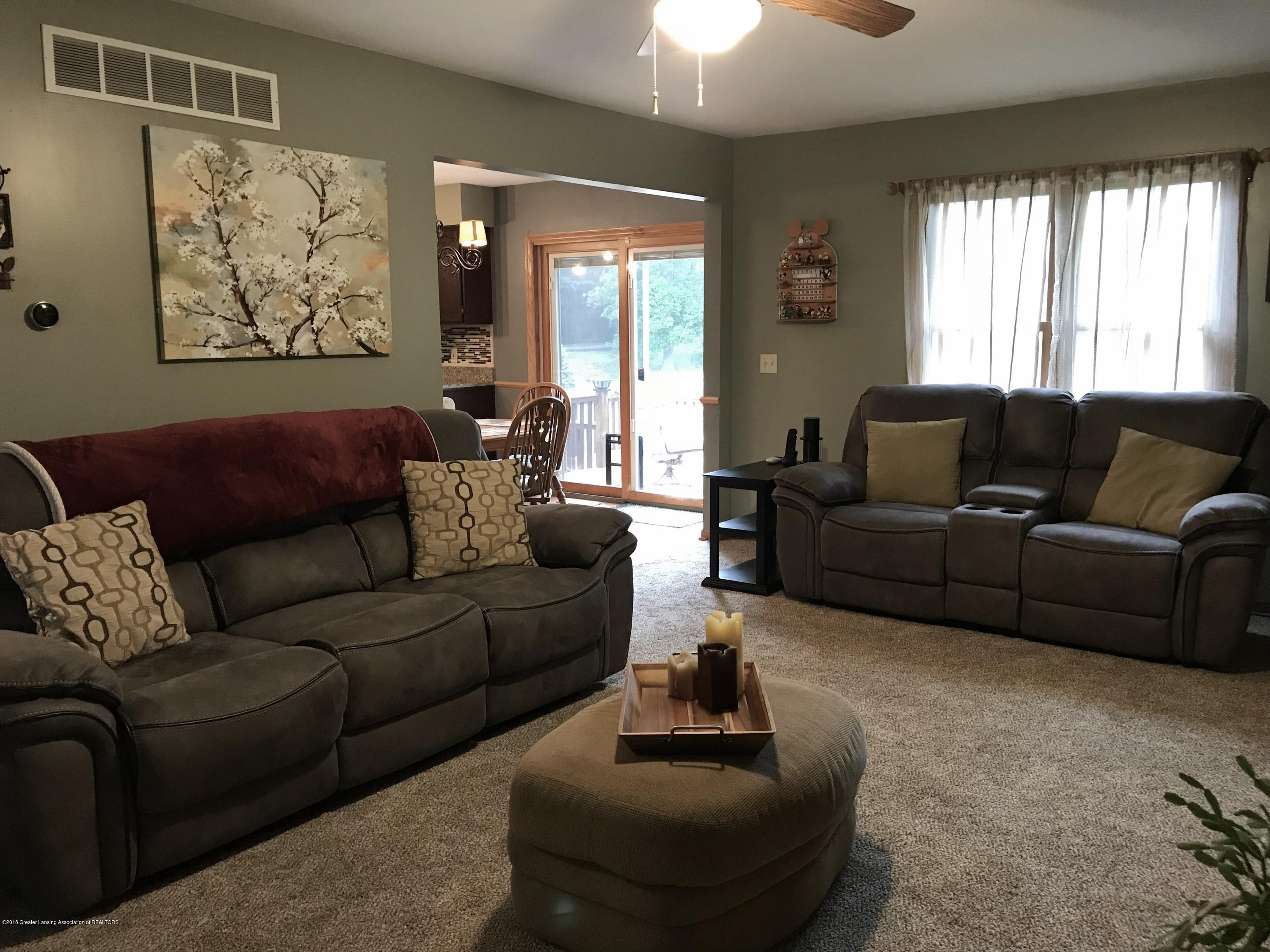 2990 Whistlewood Way - Living Room - 6