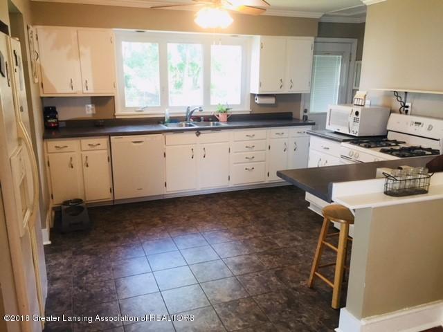 109 E Plain St - 109 Kitchen1 - 7