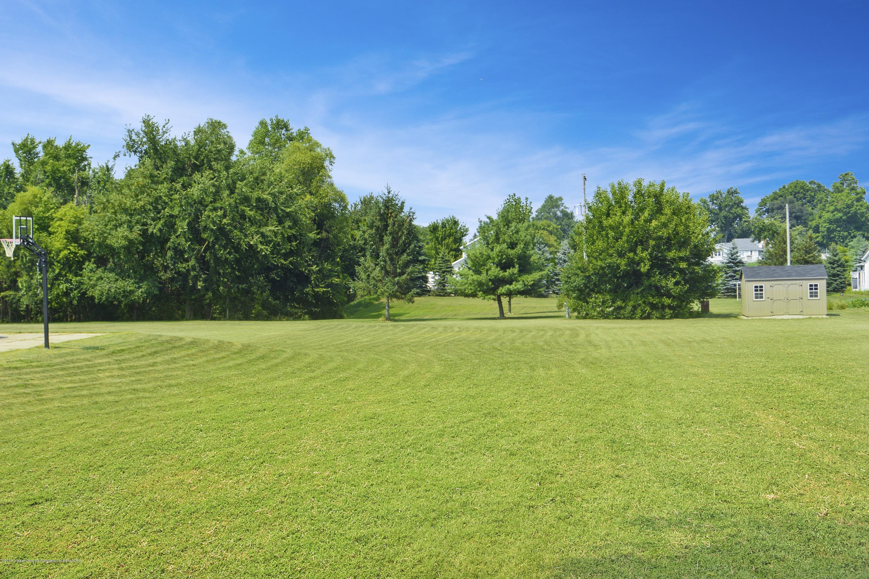 5955 E Parks Rd - Huge Yard - 27