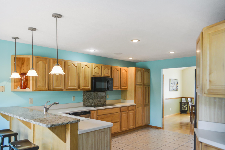 5955 E Parks Rd - kitchen 4 - 2