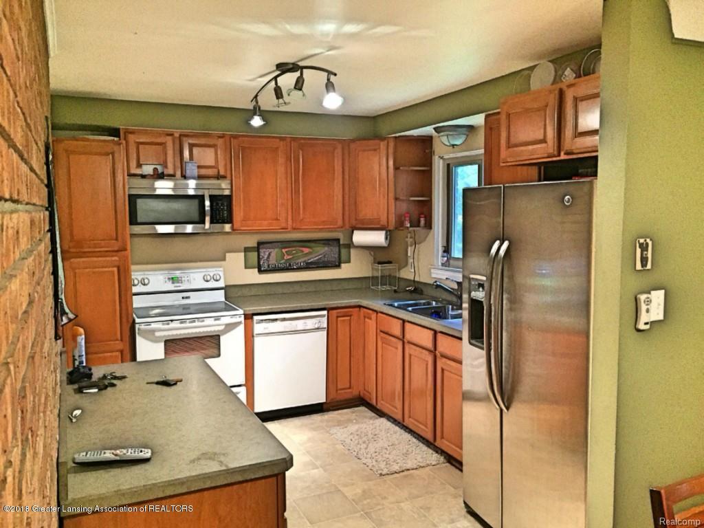 2920 Angelene Dr - kitchen - 2