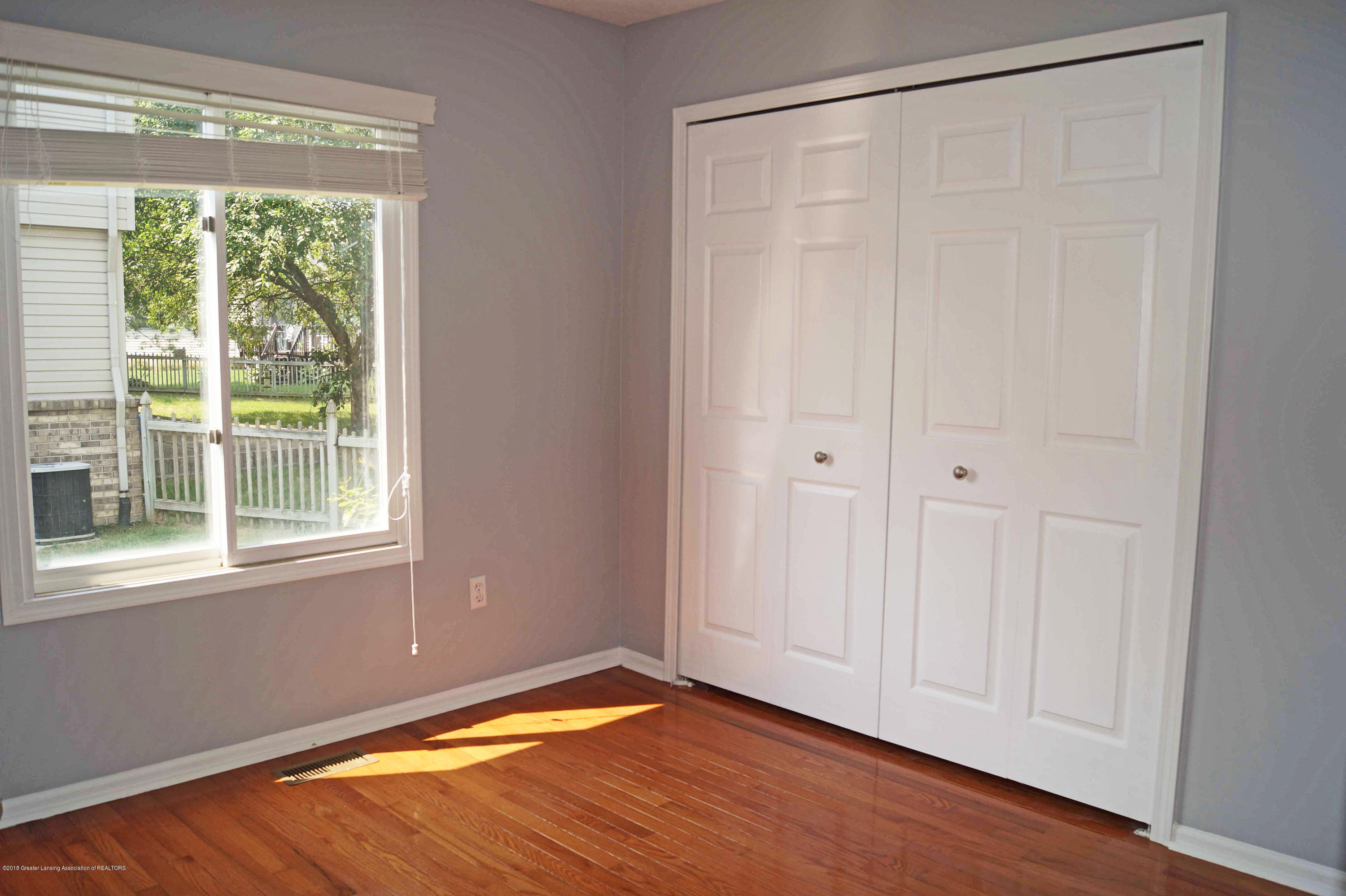 1592 Downing St - Bedroom 2 - 18