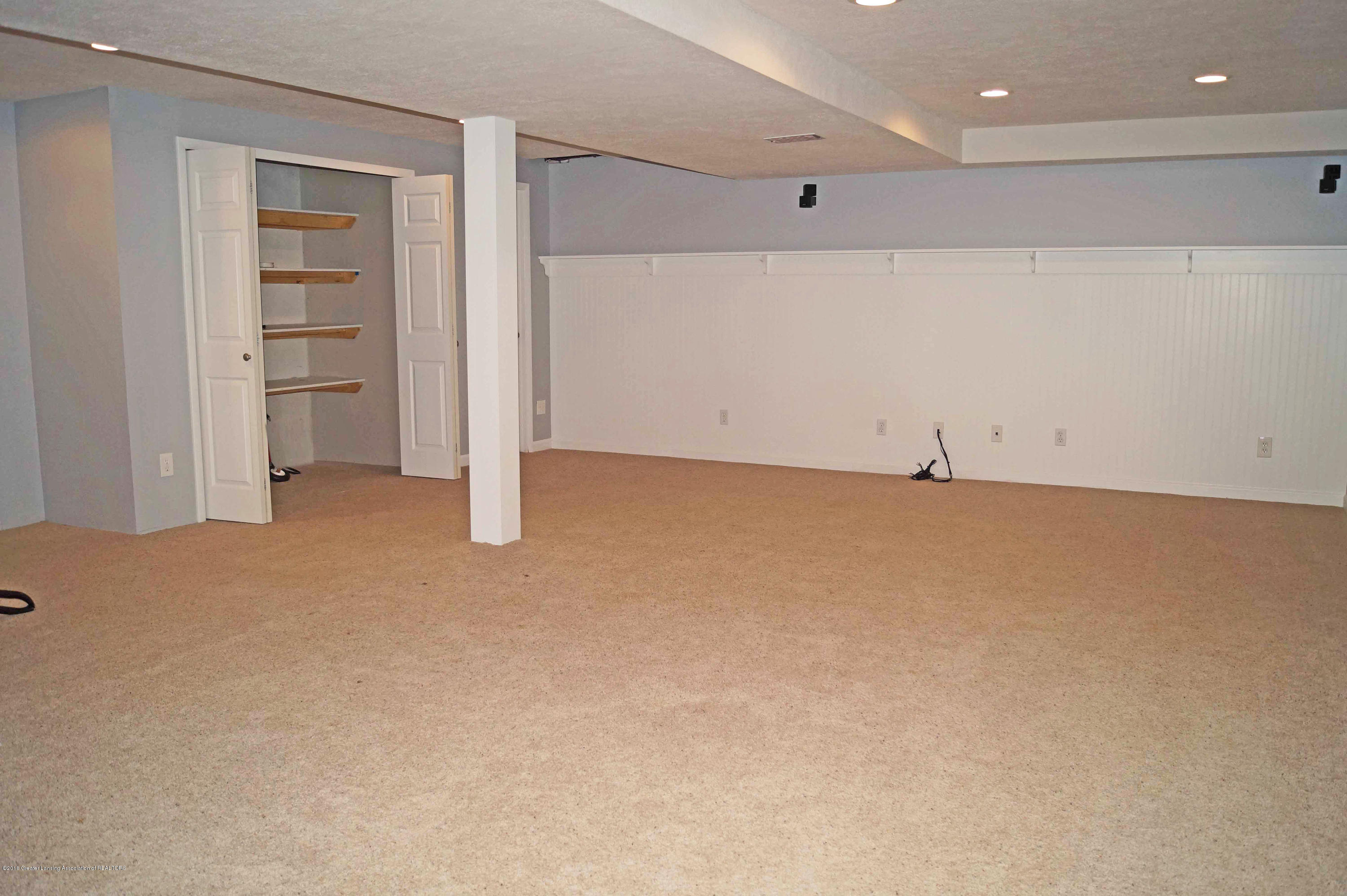 1592 Downing St - Family Room - 24