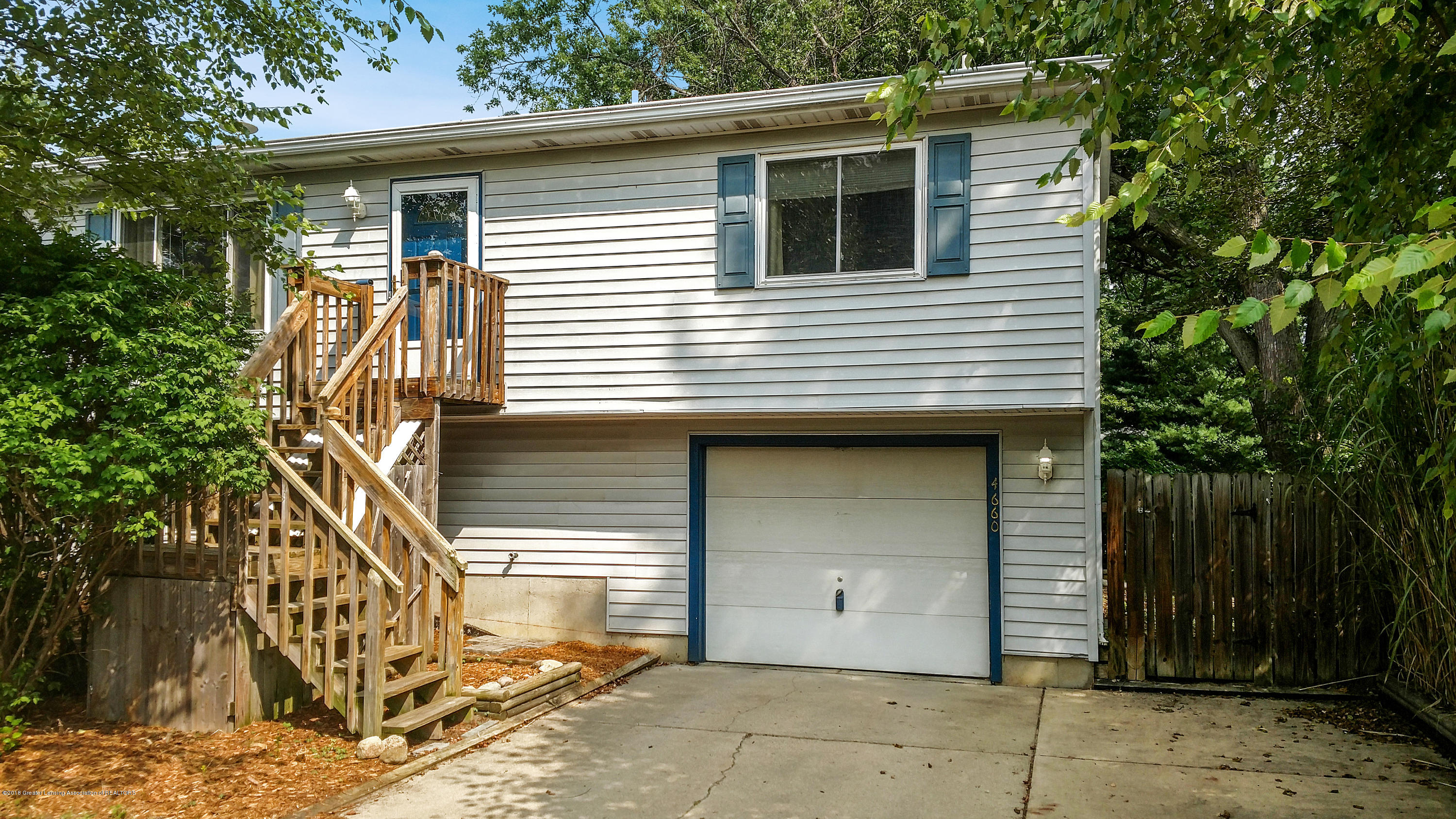 4660 Don St - Front - 1