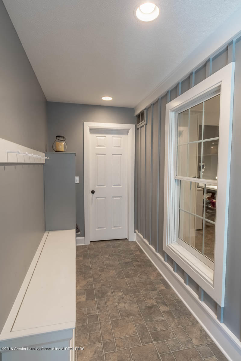 15011 Seniors Ct - Mud Room - 35