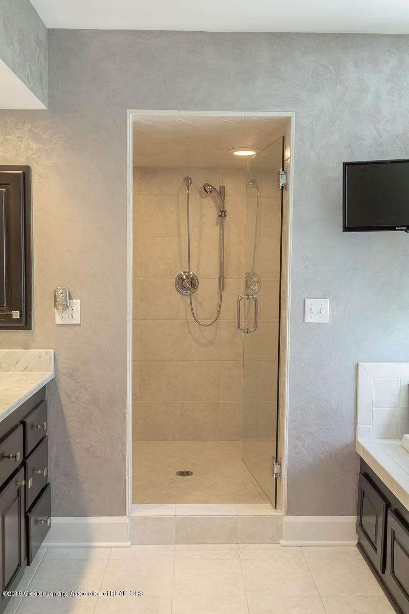 15011 Seniors Ct - Master Bath Walk in Shower - 52