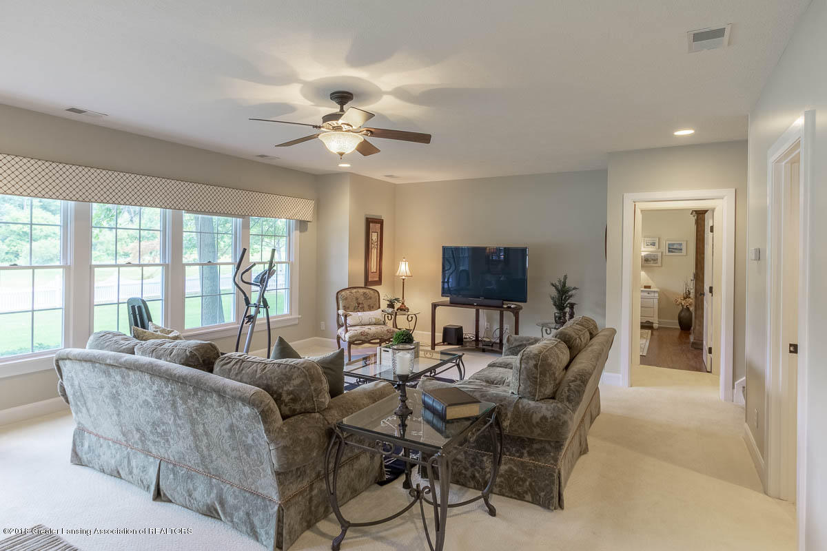 15011 Seniors Ct - Lower Level Family Room - 56