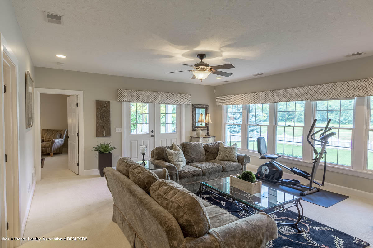15011 Seniors Ct - Lower Level Family Room - 57