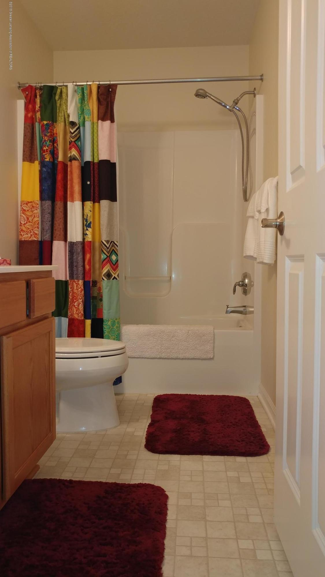 813 John Finner Ln - Level 2 Bath a - 25