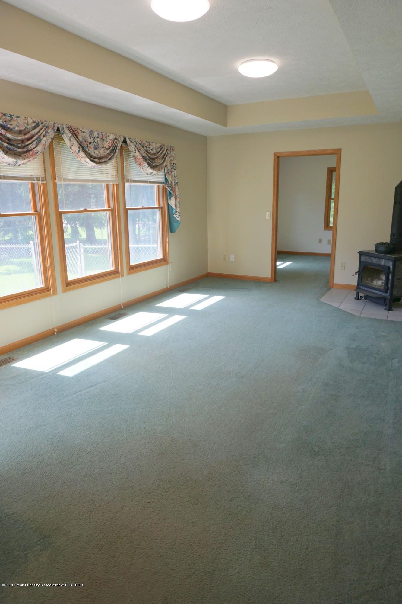 5699 Harper Rd - Family Room - 19