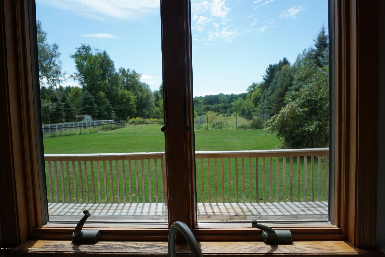5699 Harper Rd - Kitchen view - 9