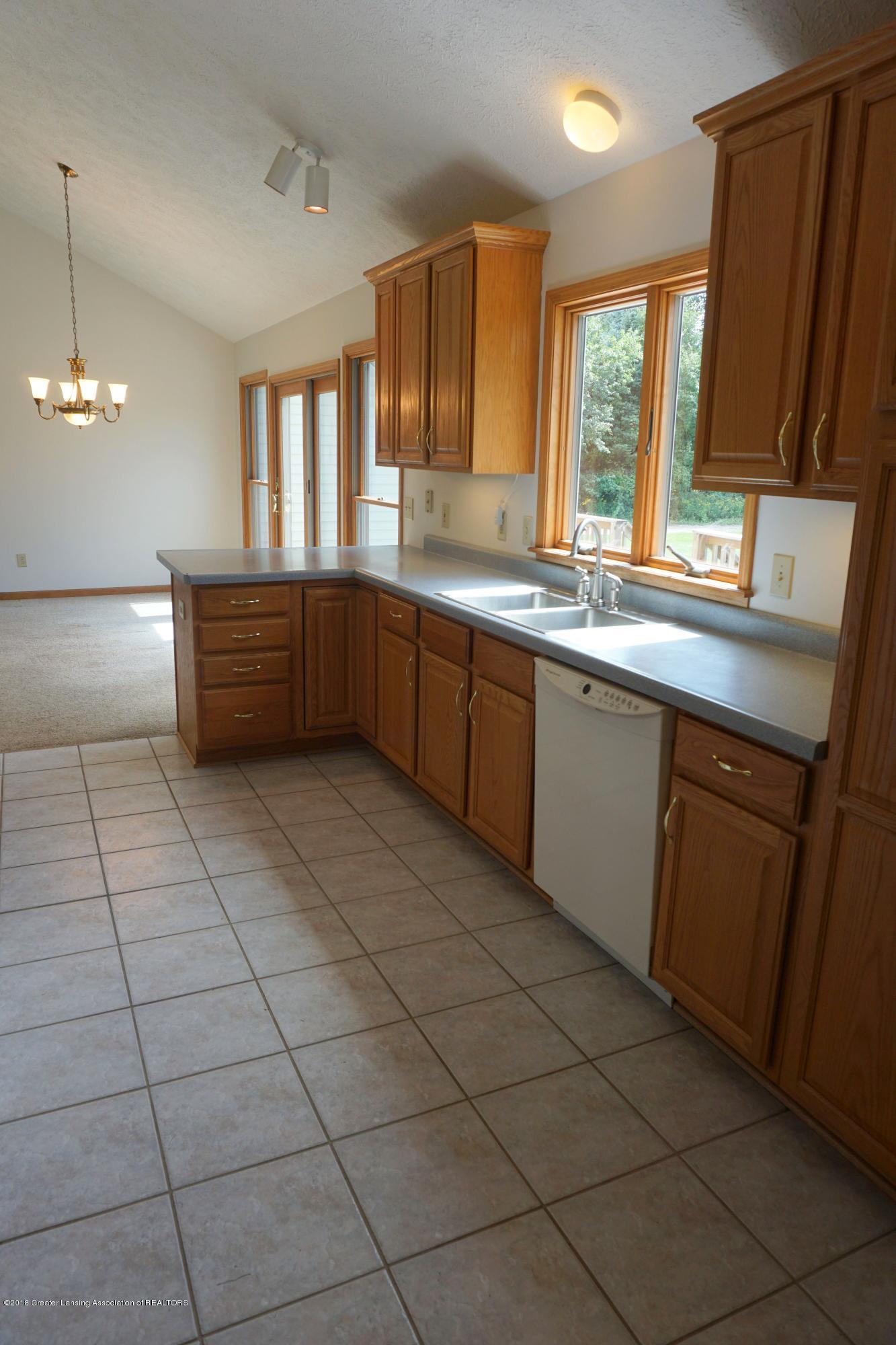 5699 Harper Rd - Kitchen.Dining - 7