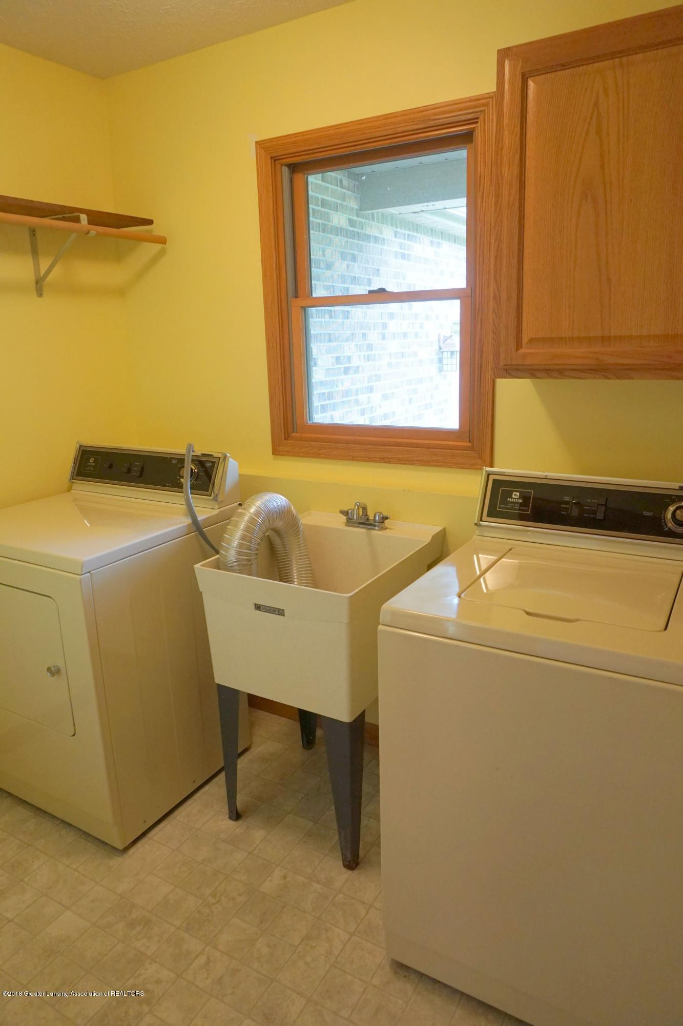 5699 Harper Rd - Laundry - 30