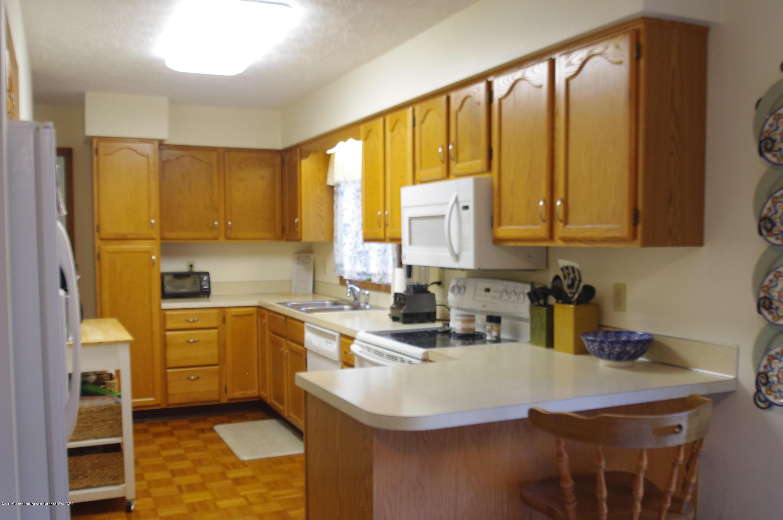 5410 Park Lake Rd - Kitchen - 10