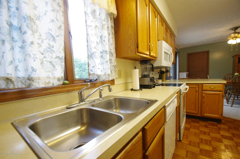 5410 Park Lake Rd - Kitchen - 13