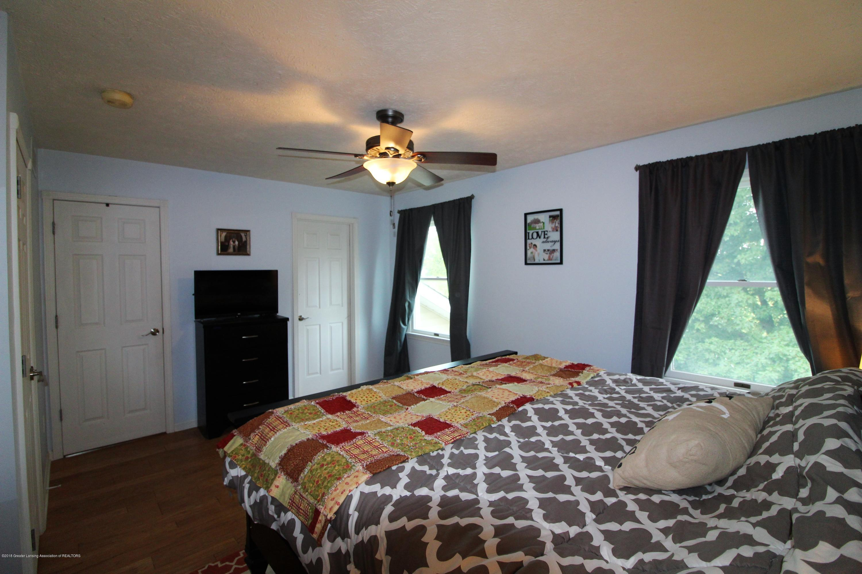 6565 W Mead Rd - IMG_1386 - 29