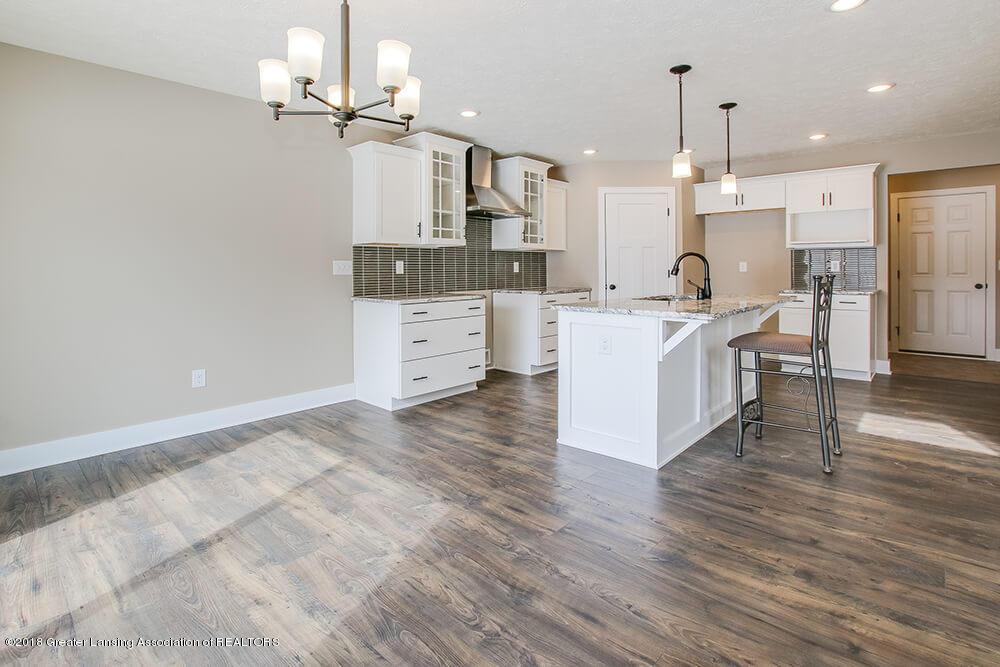 1547 Wellman Rd - Wood Flooring - 7