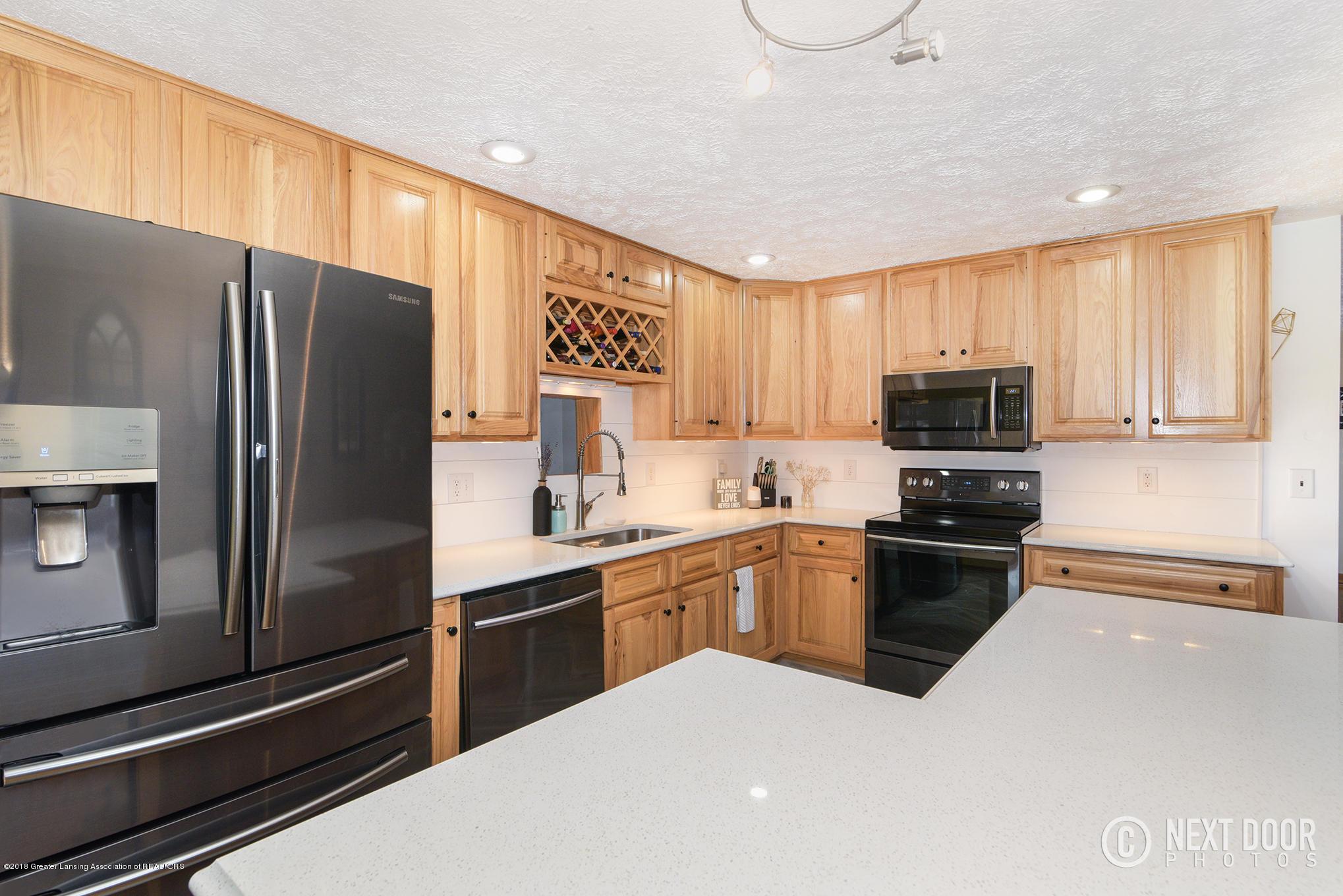 744 S Stine Rd - Kitchen3 - 11
