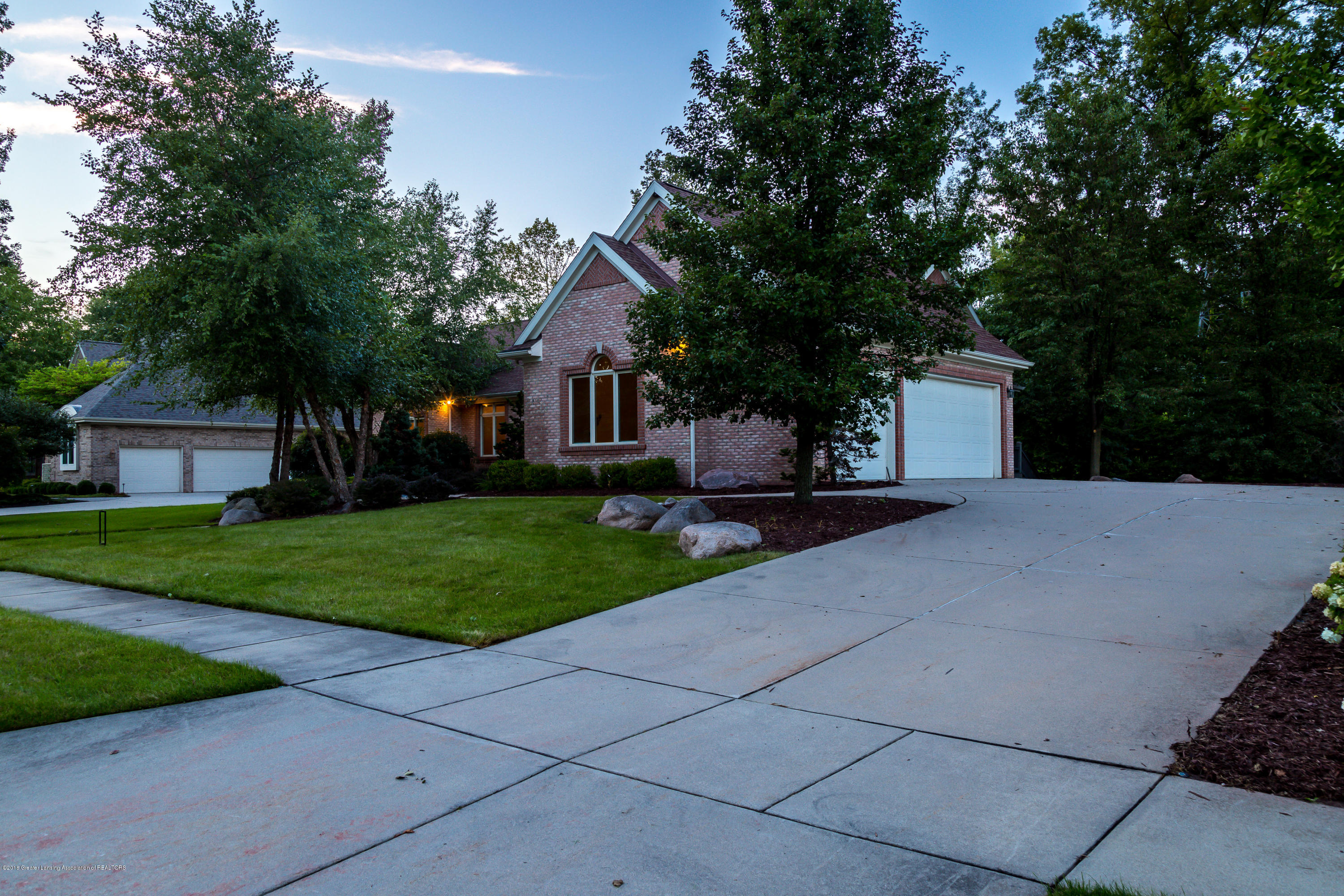 2016 Belwood Dr - 20180902-942A7905-HDR - 34