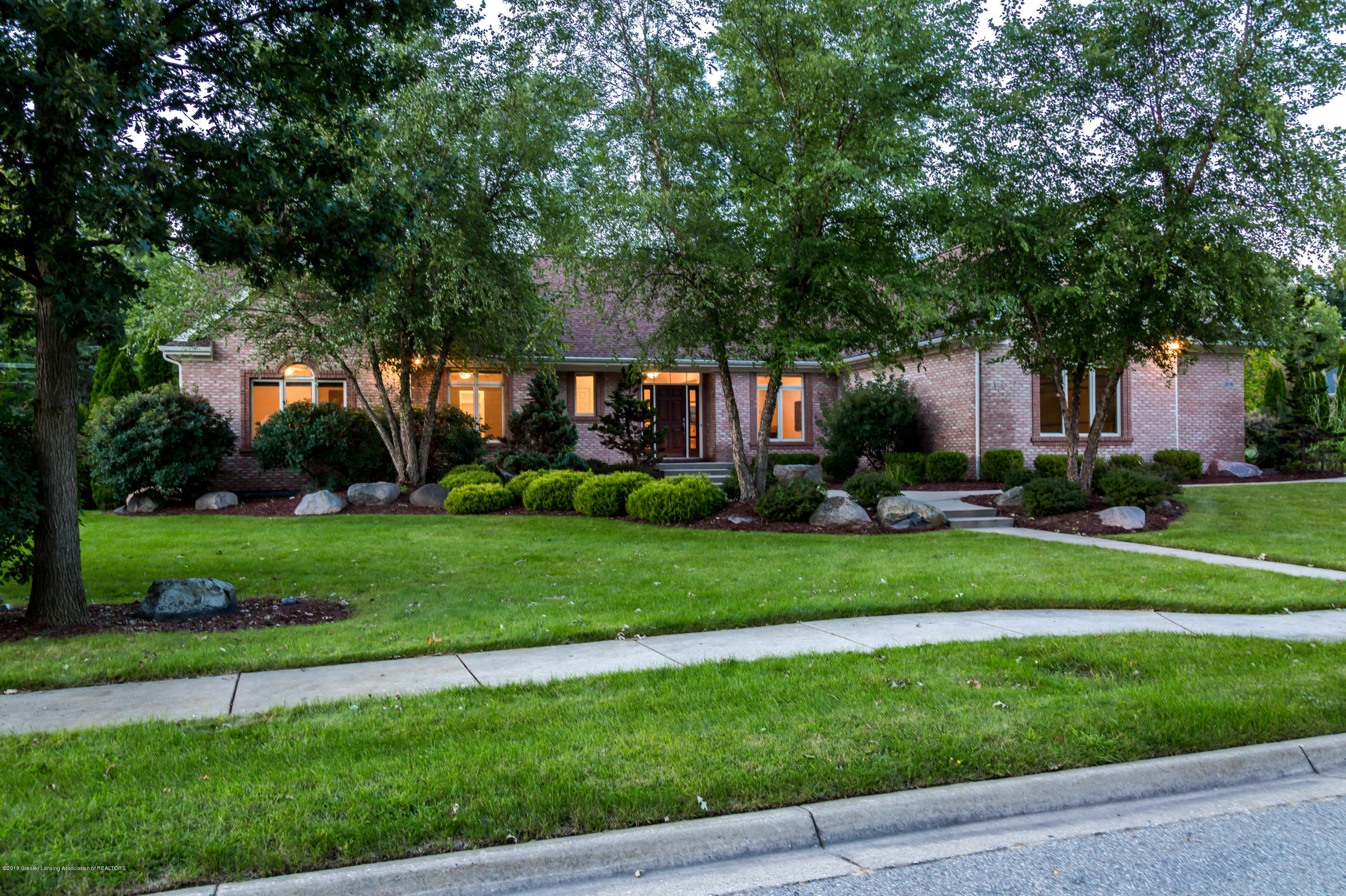 2016 Belwood Dr - 20180902-942A7915-HDR - 32