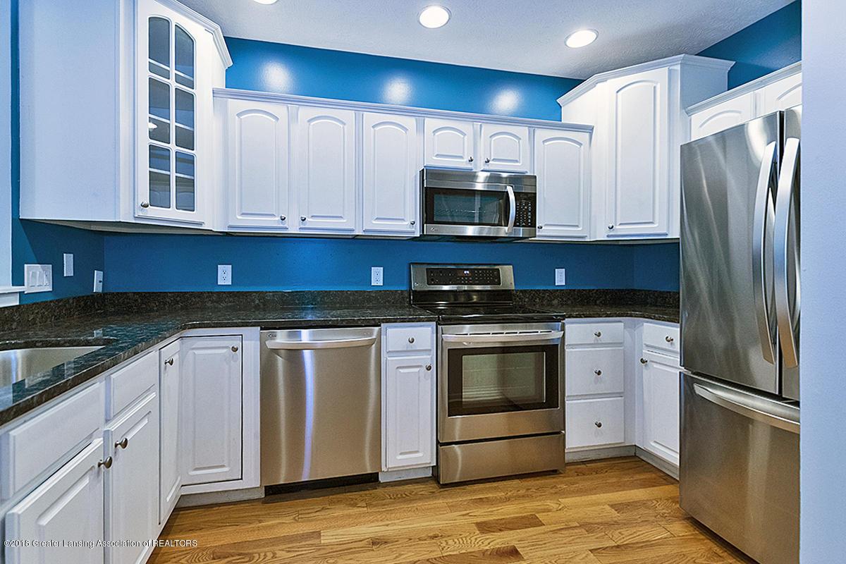 5696 Shaw St # 3 - 5696 Shaw St #11 Kitchen with granite & - 4
