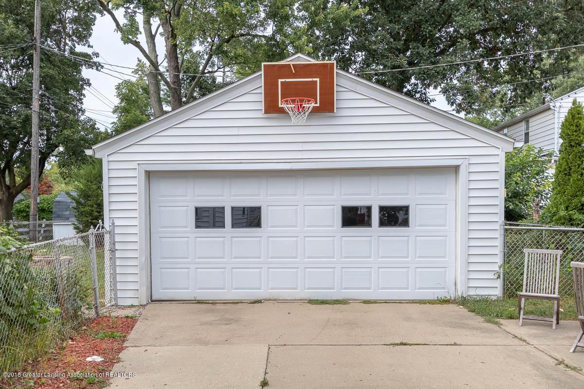 2315 Woodruff Ave - 2 Car Garage - 3