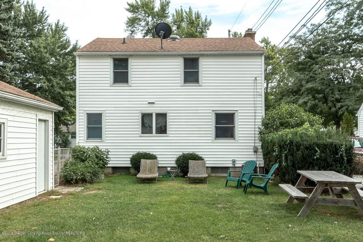2315 Woodruff Ave - Exterior Back - 26