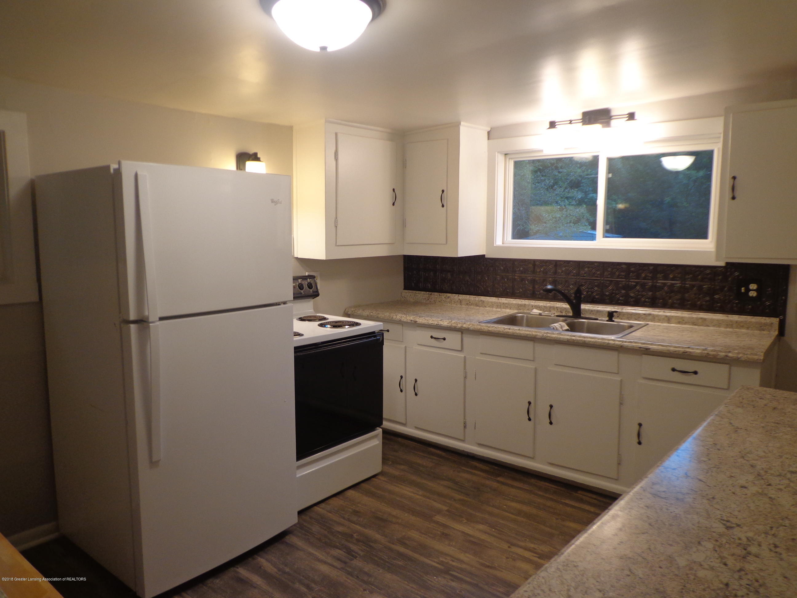 4950 Hogsback Rd - kitchen 1 - 5