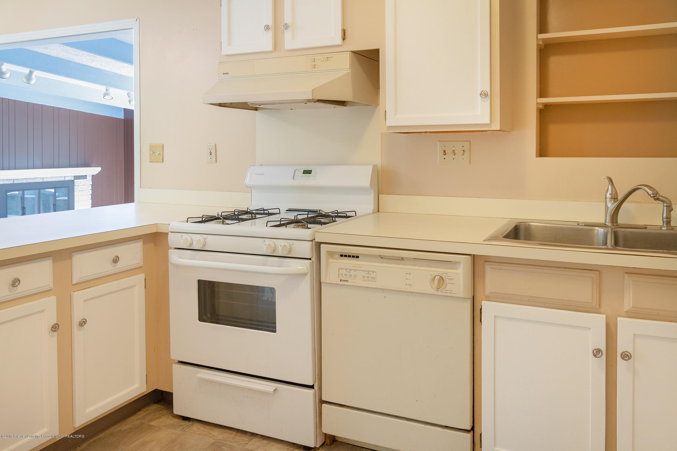 1211 Daisy Ln - kitchen - 19