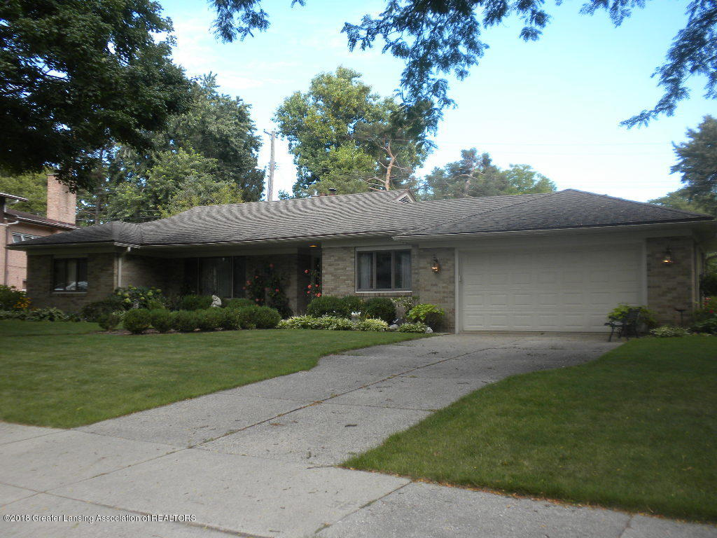 1100 Southlawn Ave - FRONT EXTERIOR - 1