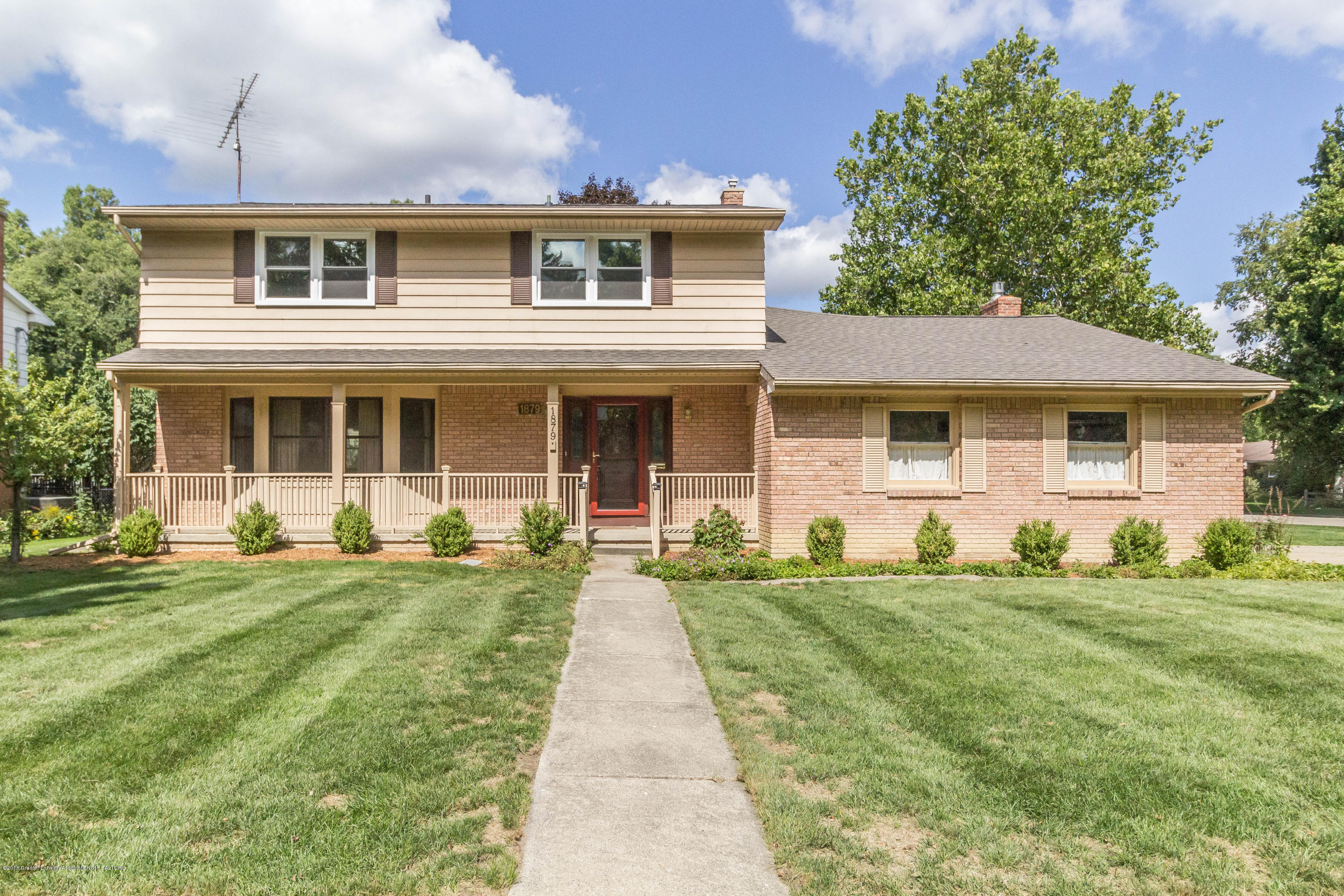 1879 Cahill Dr - Ext front - 1