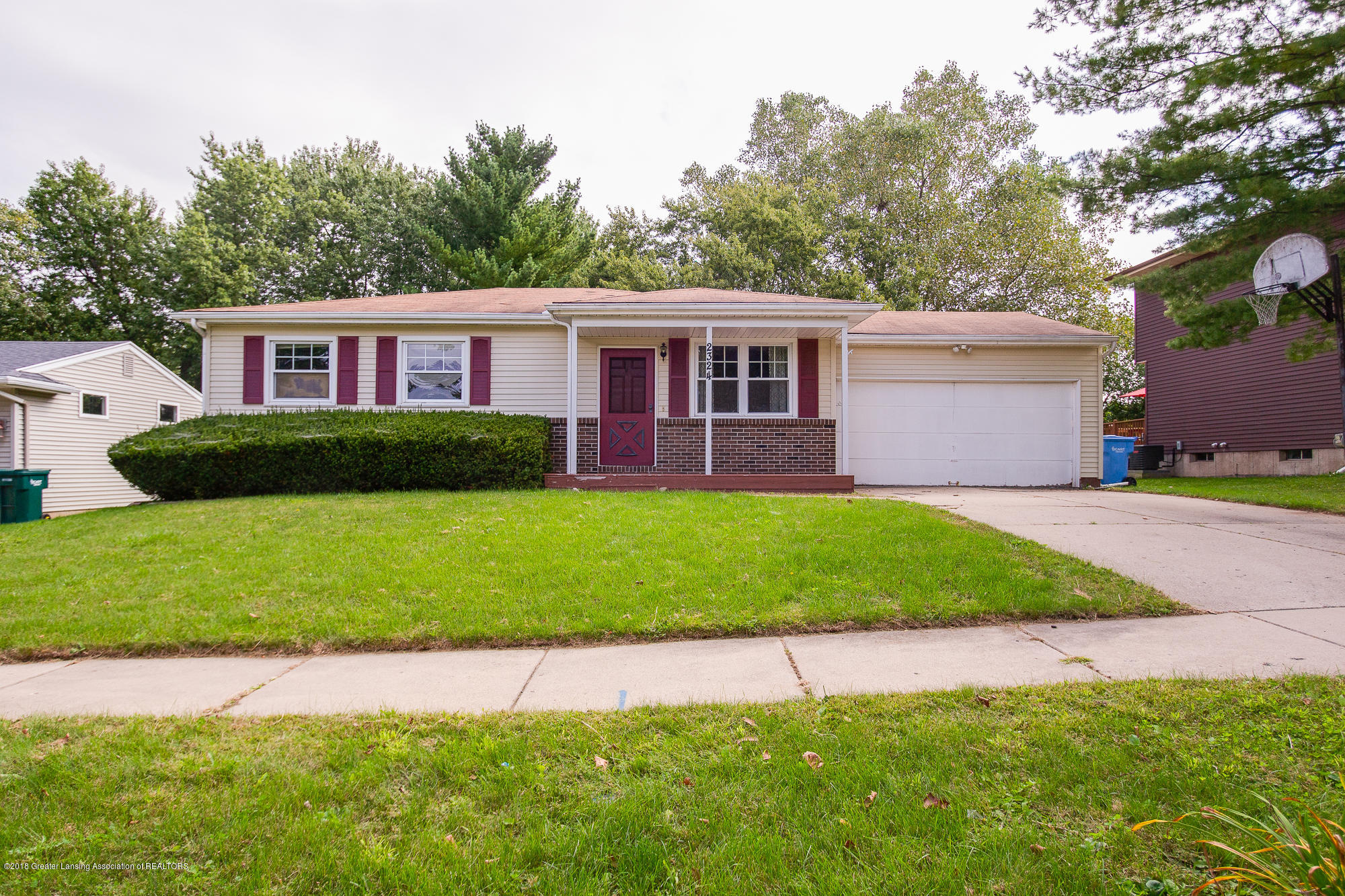 2324 Byrnes Rd - Front - 1