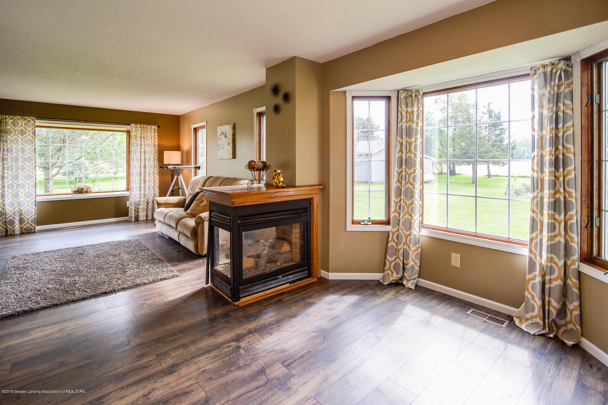 3763 N Airport Rd - Formal Dining Room - 15