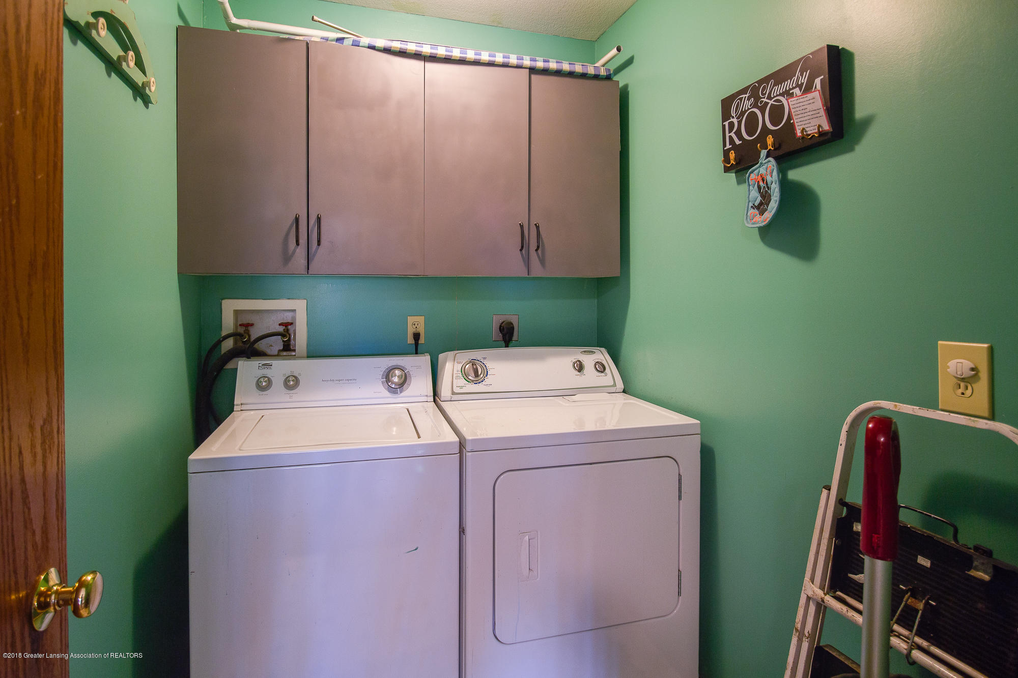 3763 N Airport Rd - Second Floor Laundry - 27
