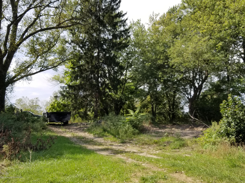 1623 Grovenburg Rd - 3.798 Acres - 1