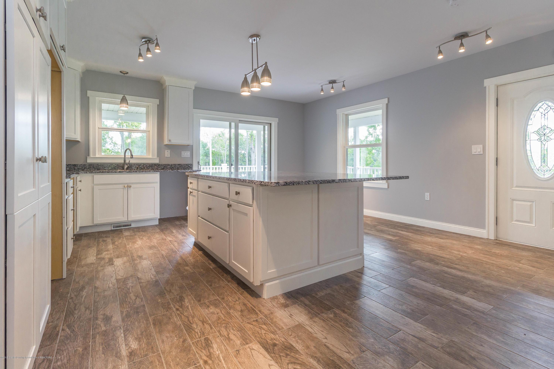 8995 Doyle Rd - doyle-kitchen (1 of 1) - 9