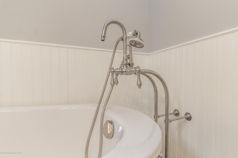 8995 Doyle Rd - doyle-master-bath-4 (1 of 1) - 29