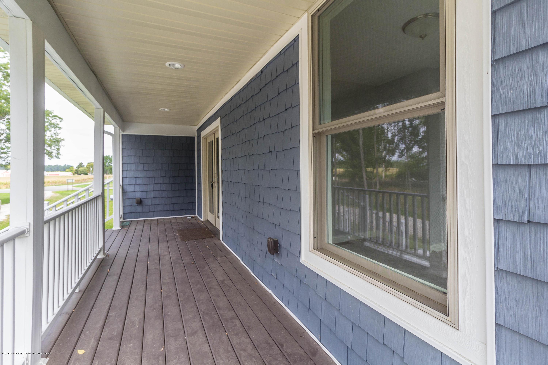 8995 Doyle Rd - doyle-porch (1 of 1) - 36