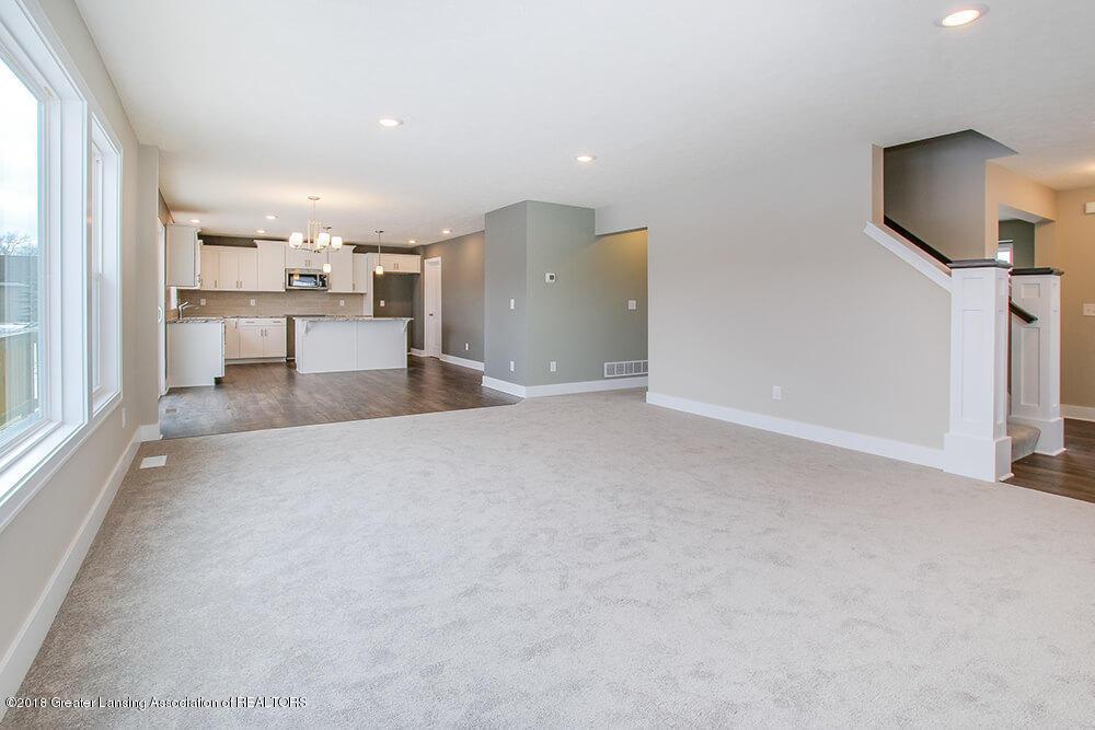 11790 Cortez Cir - Living Room - 7
