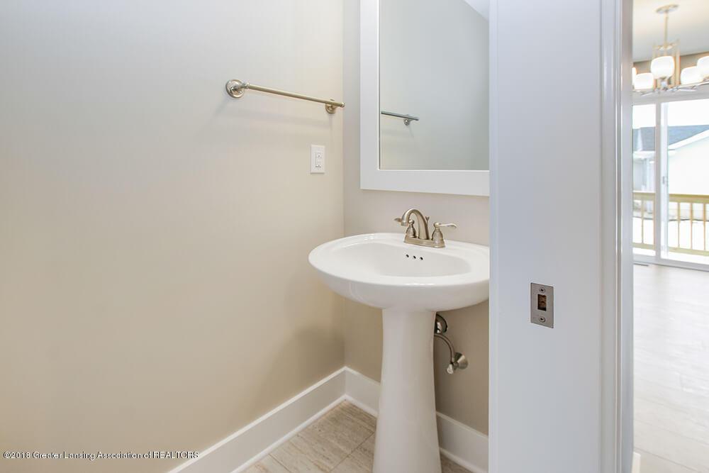 11790 Cortez Cir - 1/2 Bath - 15