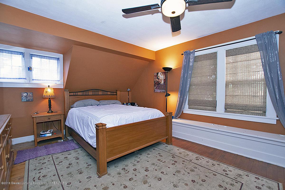 109 S Cedar St - 109 S Cedar- 2nd Floor Master Bedroom - 8