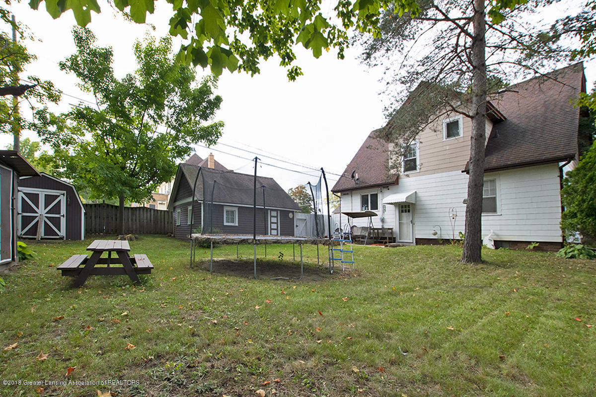 109 S Cedar St - 109 S Cedar- Rear View and Yard - 2