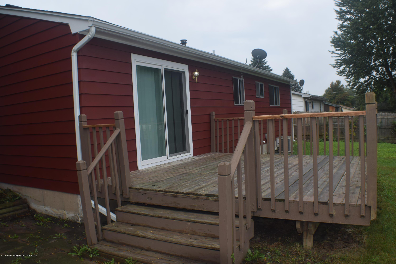 3900 Lauderhill Cir - Back Deck - 2