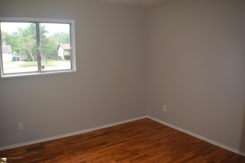3900 Lauderhill Cir - Bedroom 2 - 10