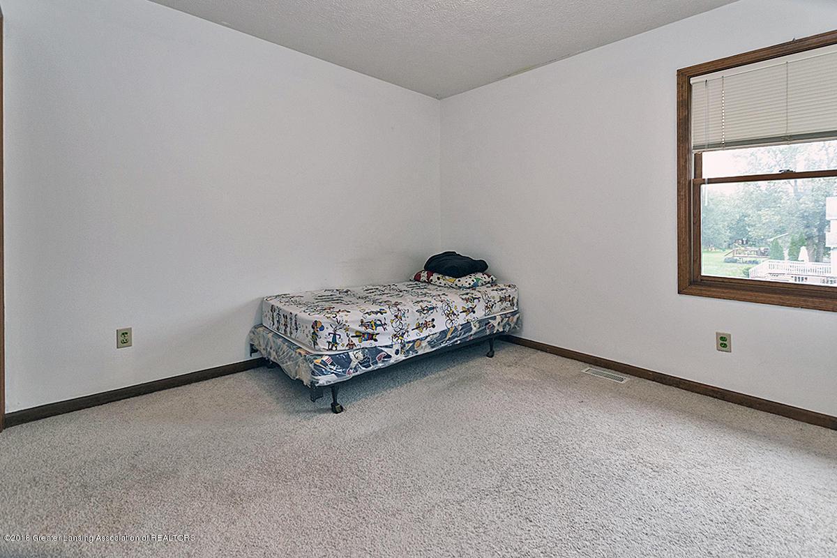 2600 Ayrshire Dr - 2600 Ayrshire 2nd Floor Bedroom #1 - 13
